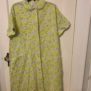 Vintage Carole house dress button front cotton 18
